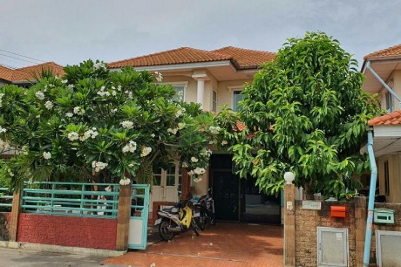 หมู่บ้าน เติมรัก Baan Termrak  ขายด่วน บ้านเดี่ยว 2 ชั้น เนื้อที่ 50.60 ตร.ว บางคูรัด บางบัวทอง นนทบุรี