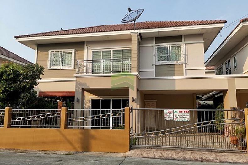 หมู่บ้าน คุณาสิริ 2 บางบัวทอง ขายด่วน บ้านแฝด 2 ชั้น เนื้อที่ 50.80 ตร.ว แต่งครบ พร้อมอยู่