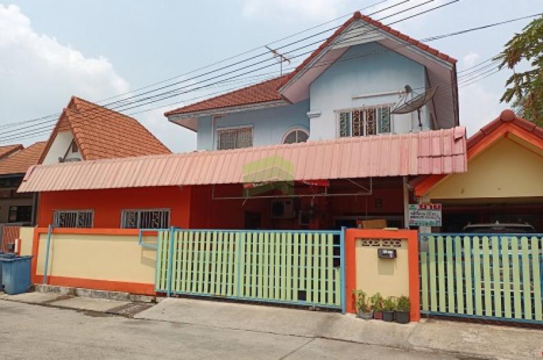 หมู่บ้าน พรทวีวัฒน์ 2 ขายด่วน บ้านเดี่ยว 2 ชั้น เนื้อที่ 60.2 ตร.ว ต่อเติมเต็ม พร้อมอยู่