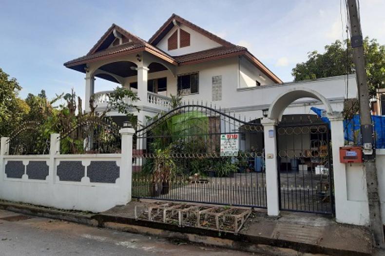 ขายด่วน บ้านเดี่ยว 2 ชั้น ซ.นุกูลกิจพัฒนา  ถ.วงเวียน 3 เนื้อที่ 151 ตร.ว  ต.สะเตง  เมืองยะลา บ้านสวย ทำเลดี  ราคาไม่แพง
