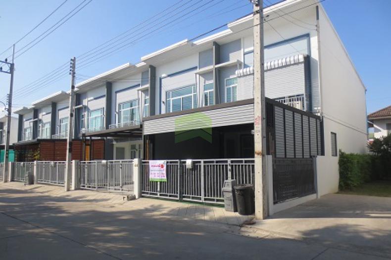 หมู่บ้าน เดอะ คิวบ์ ทาวน์ ลำลูกกา คลอง3 THE CUBE TOWN LAMLUKKA ซอยเปียร์นนท์ 4 ขายด่วน ทาวน์โฮม 2 ชั้น เนื้อที่ 24.20 ตร.ว แปลงมุม ถนนลำลูกกา คูคต ลำลูกกา ปทุมธานี