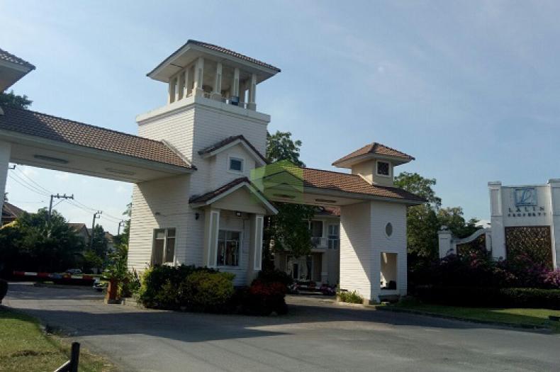 หมู่บ้าน ลลิล เดอะ ยัง เอ็กซ์คลูซีพ อ่อนนุช-สุวรรณภูมิ Baan Lalin The Young-Executive ขายด่วน บ้านเดี่ยว 2 ชั้น เนื้อที่ 40.70 ตร.ว ทำเลดี ใกล้แยกประเวศ