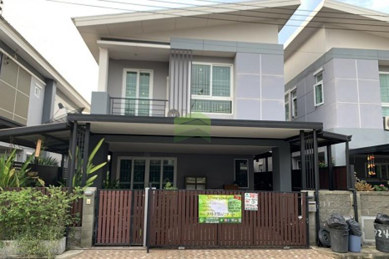 หมู่บ้าน เดอะ แกรนด์ ไทยสมบูรณ์ ขายด่วน บ้านแฝด 2 ชั้น เนื้อที่ 42.20 ตร.ว คลองสาม คลองหลวง ปทุมธานี ต่อเติมเต็ม พร้อมอยู่